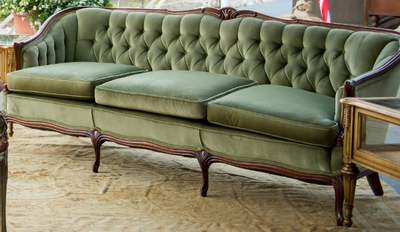 Vintage Sofas, Couches And Chairs For Rent For Vermont Weddings   Simply  Vintage Rentals